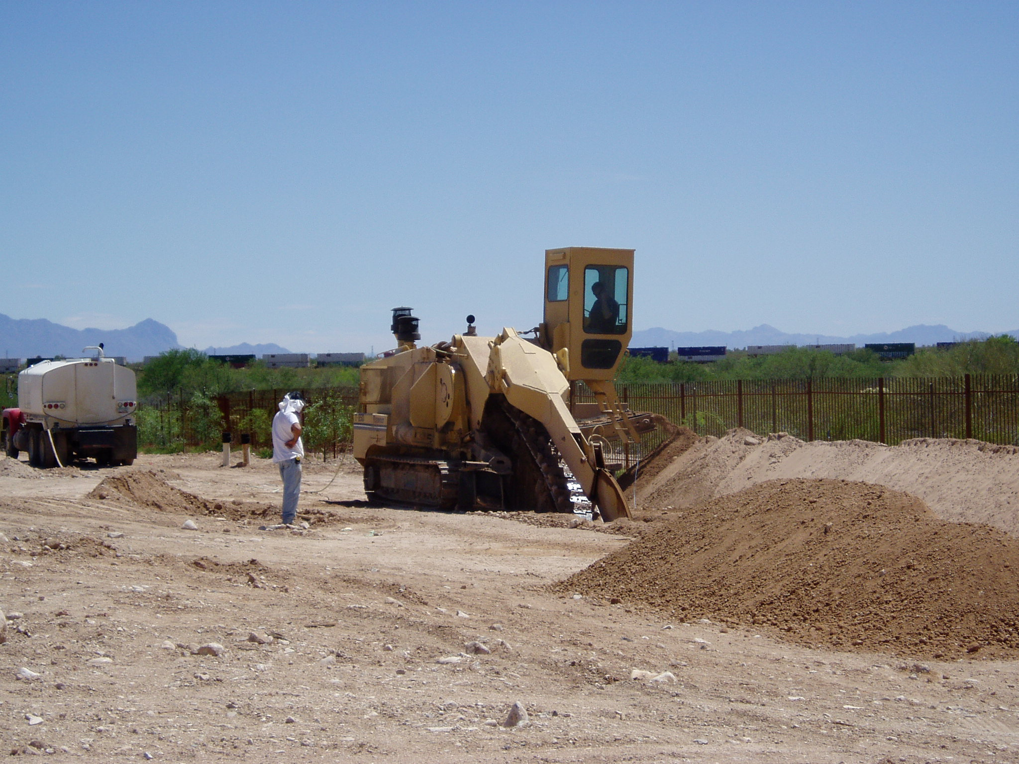Trencher A-Atlas valencia and old vail electric line.JPG