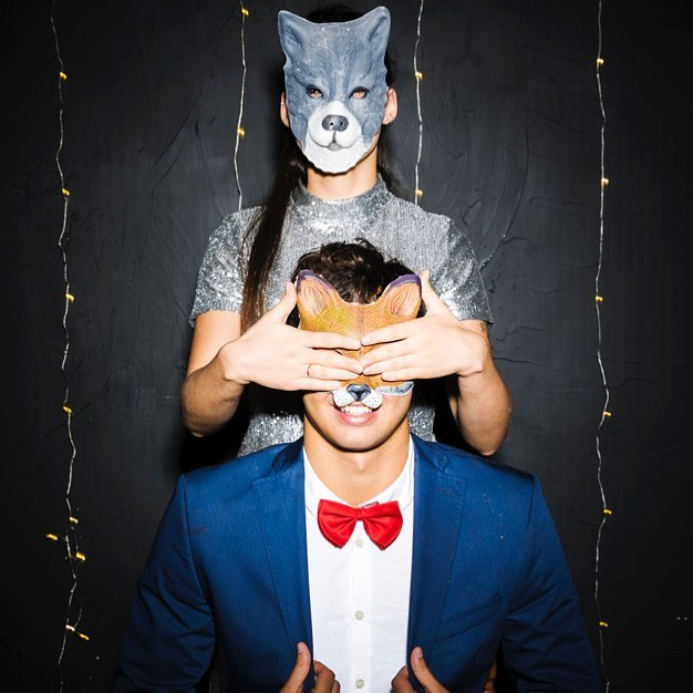 Couple shots at the photo booth are usually the funnest. We never know what we're going to get! Tag your fave couple!!! #photoboothvancouver #props #backdrop #photoday #photoadayaug #phototoaster #photoboothmurah #photolocker #photodaily #photogram #socialmedia101 #indianwedding communicate #madeincanva #elevatecultivate #elevateyourbrand #projectmanagementlife #yvrbusiness