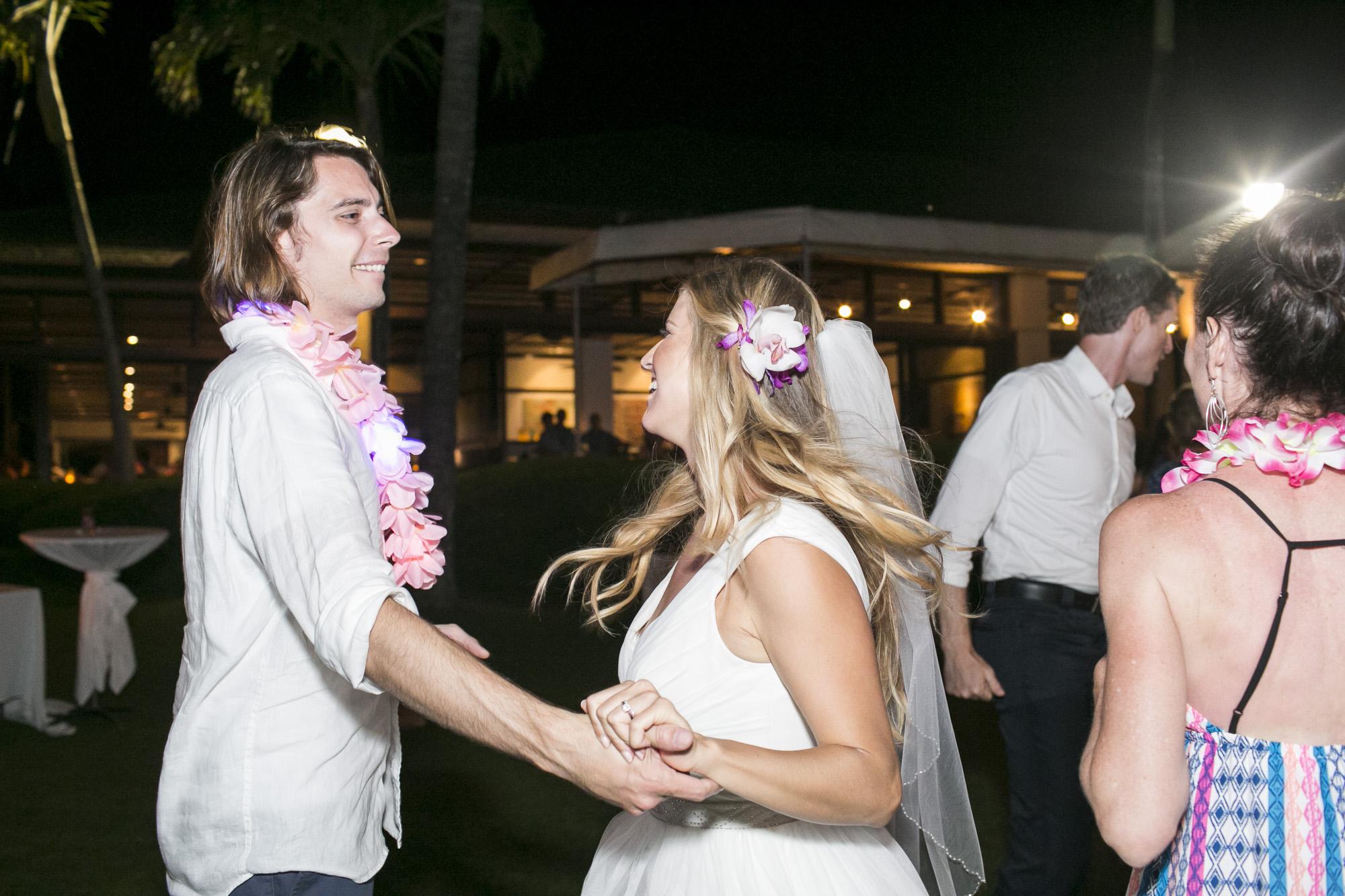 051_Laid_Back_Hawaiian_Beach_Wedding.jpg