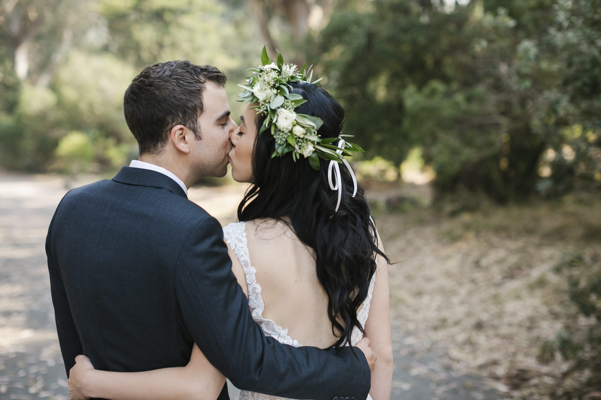 Wedding couple kiss in Golden Gate Park