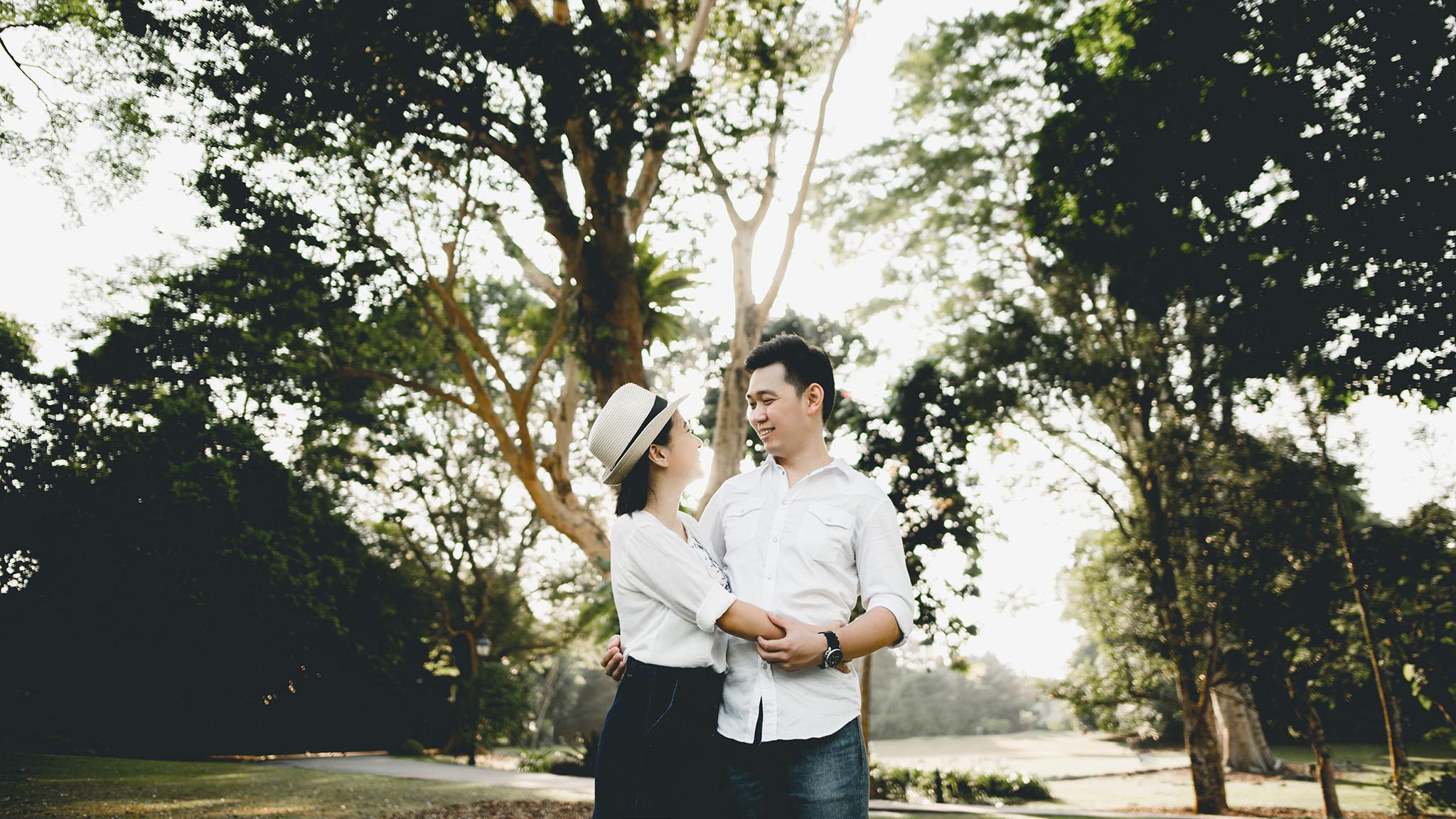 prewedding botanic garden 3.JPG