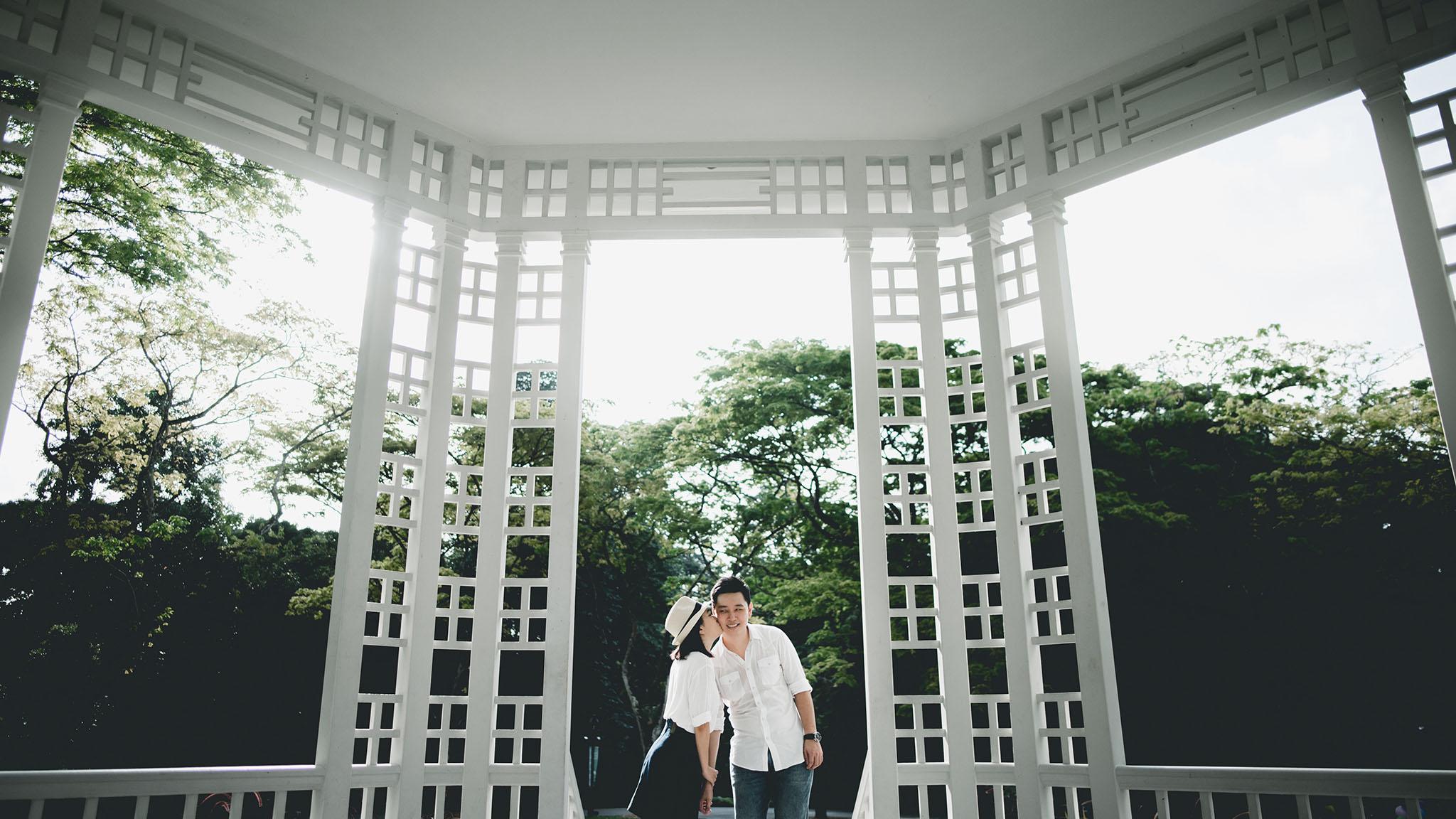 prewedding botanic garden 9.JPG