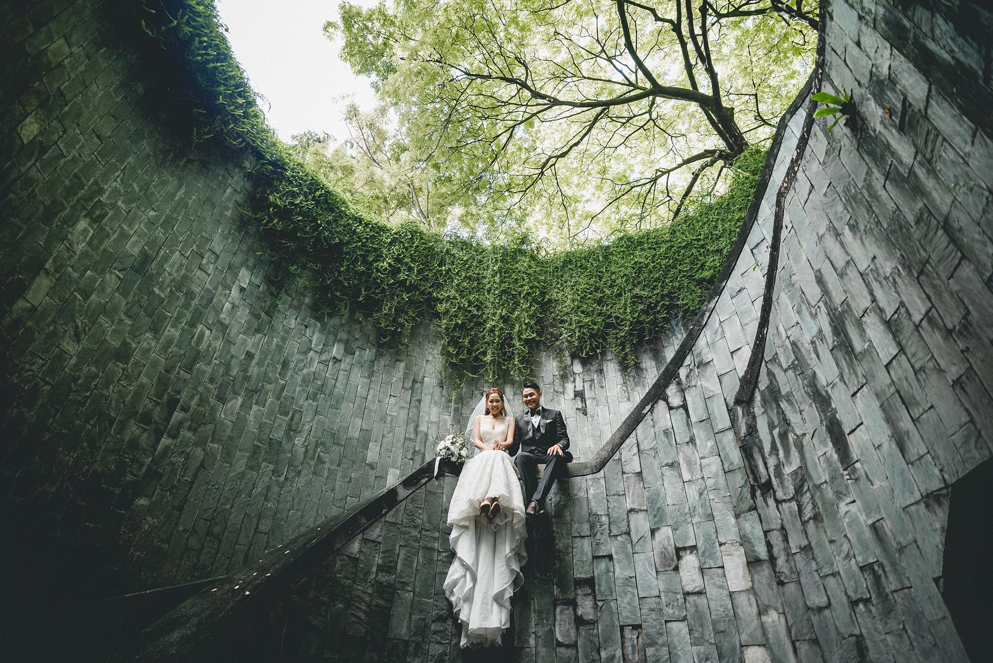 2 Pre wedding fort canning 00003.JPG