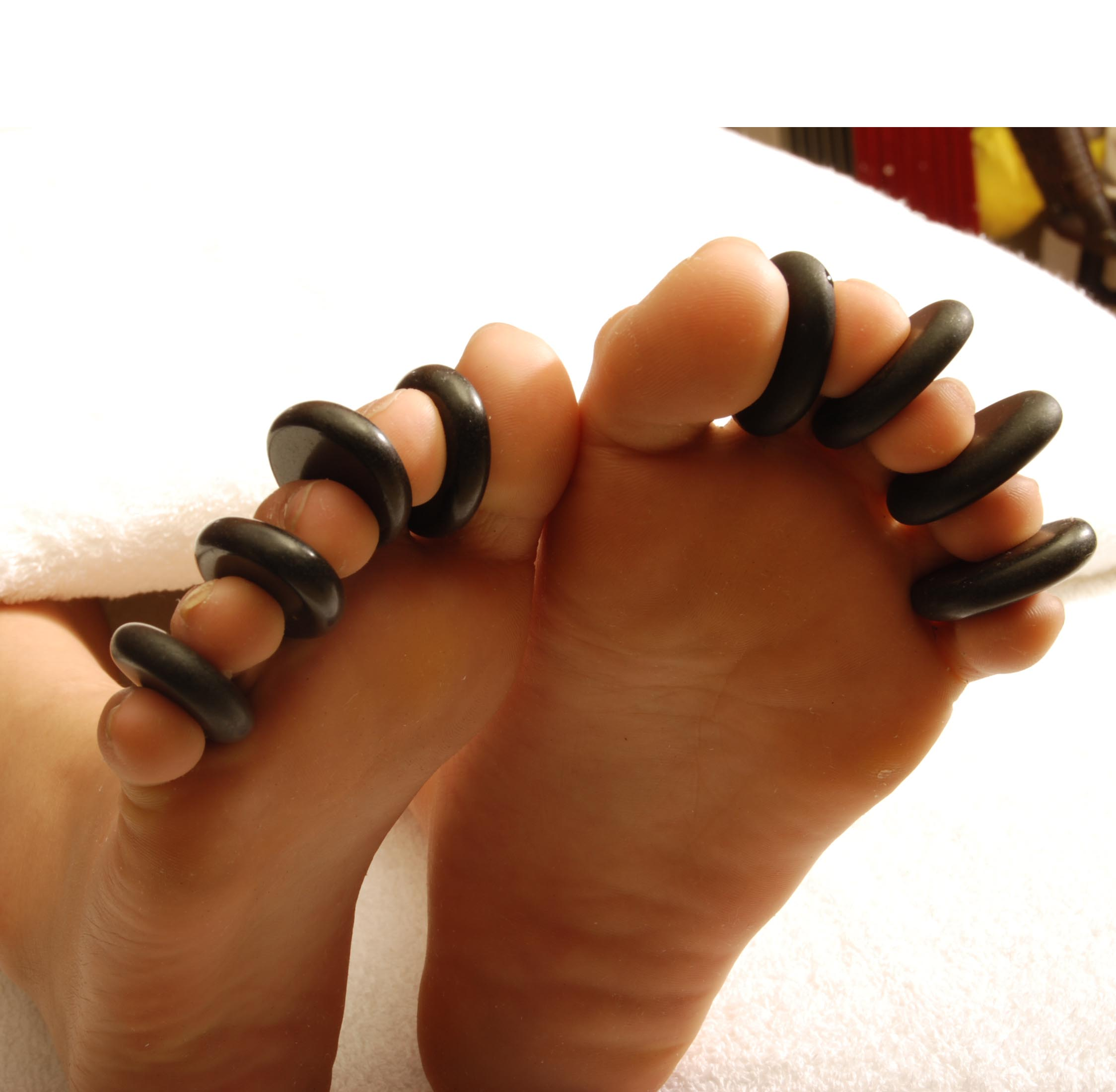 Black-font-b-basalt-b-font-toe-8-piece-font-b-set-b-font-beauty-massage.jpg