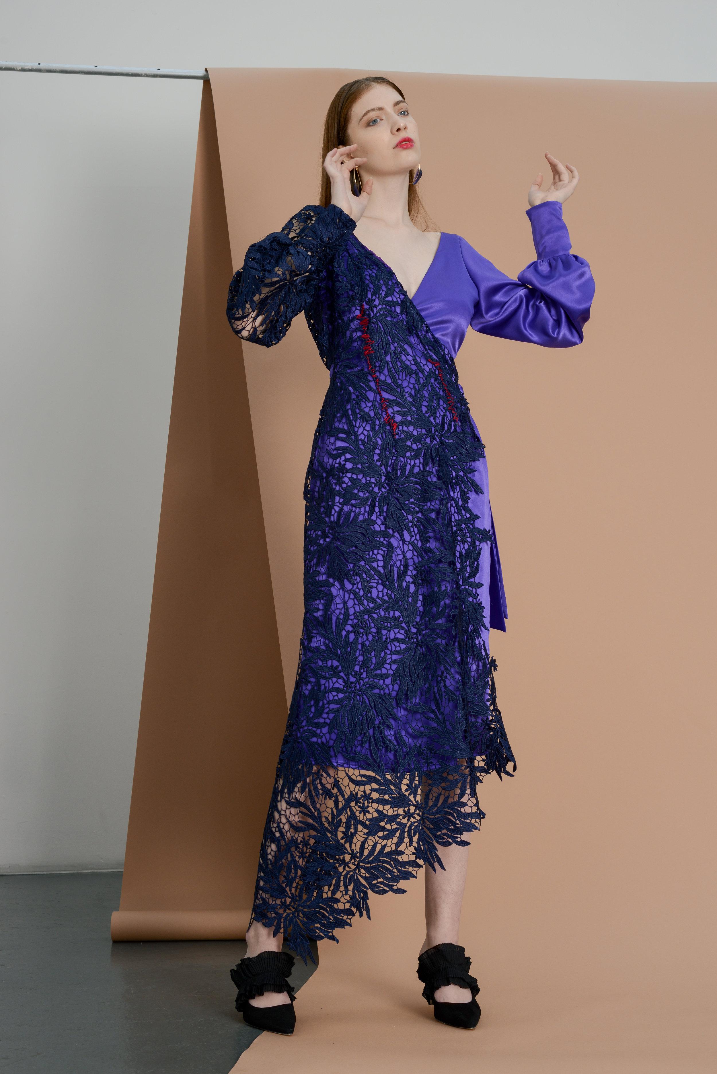 Drust Wrap Dress - Violet satin /Cearca Earrings - Gold tone