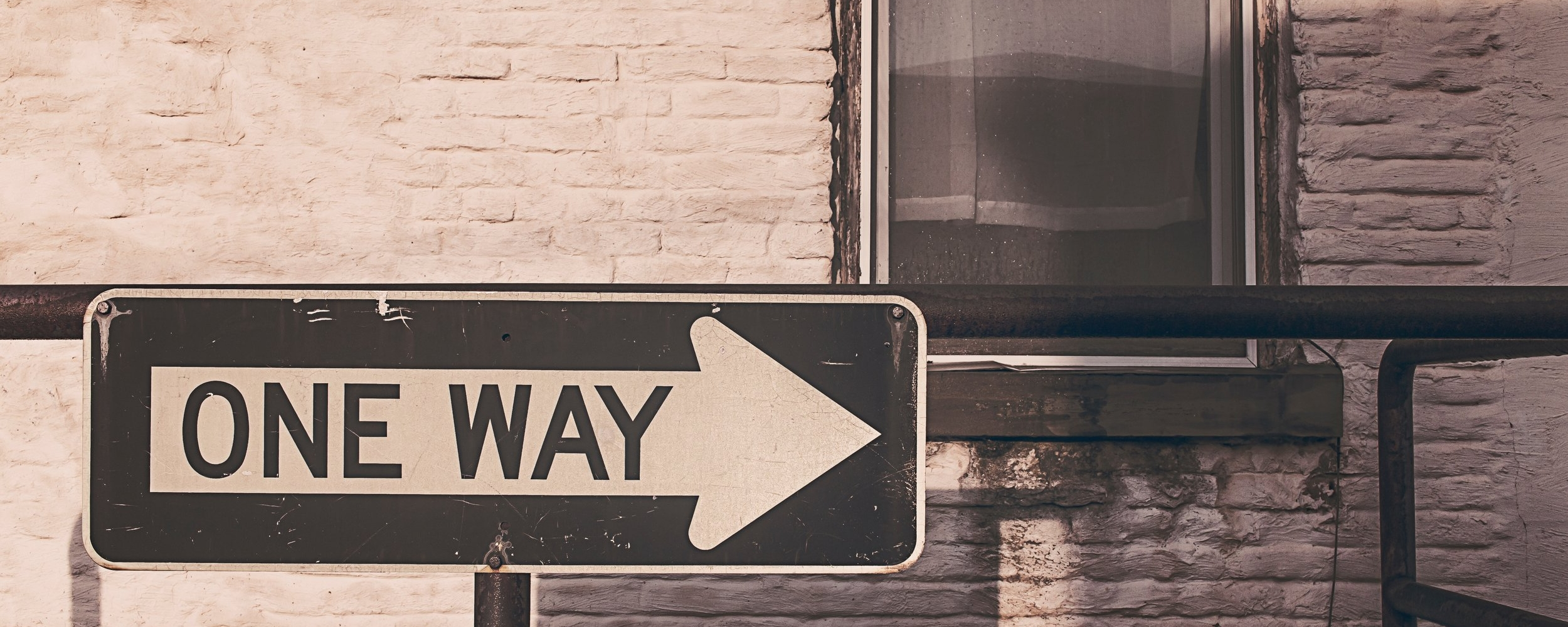 arrow-direction-one-way-536.jpg