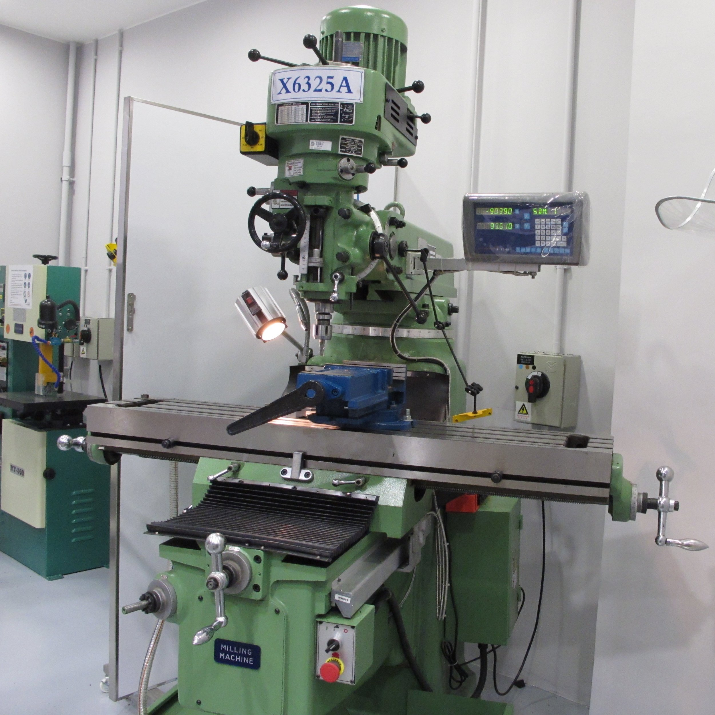Traditional Milling Machine Course -