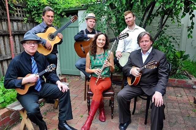 Flashback!! Sextet Zona Sul led by Doug de Vries with @kenmurrayguitarist @alastairkerrmusic @cavaco90 @faronegromusic. This ensemble was a dream come true for me and it really set me off on my choro adventure! It's been a fun ride ever since. This group no longer exists but come and see me play on Sunday at the @guitar_perspectives Choro to the Max concert with @maximillianrudd, Doug and Josh Bridges. It's going to be a hoot! 🥳  #chorotothemax #choro #fluteandguitarduo #flute #guitarperspectives #melbourneconservatoriumofmusic