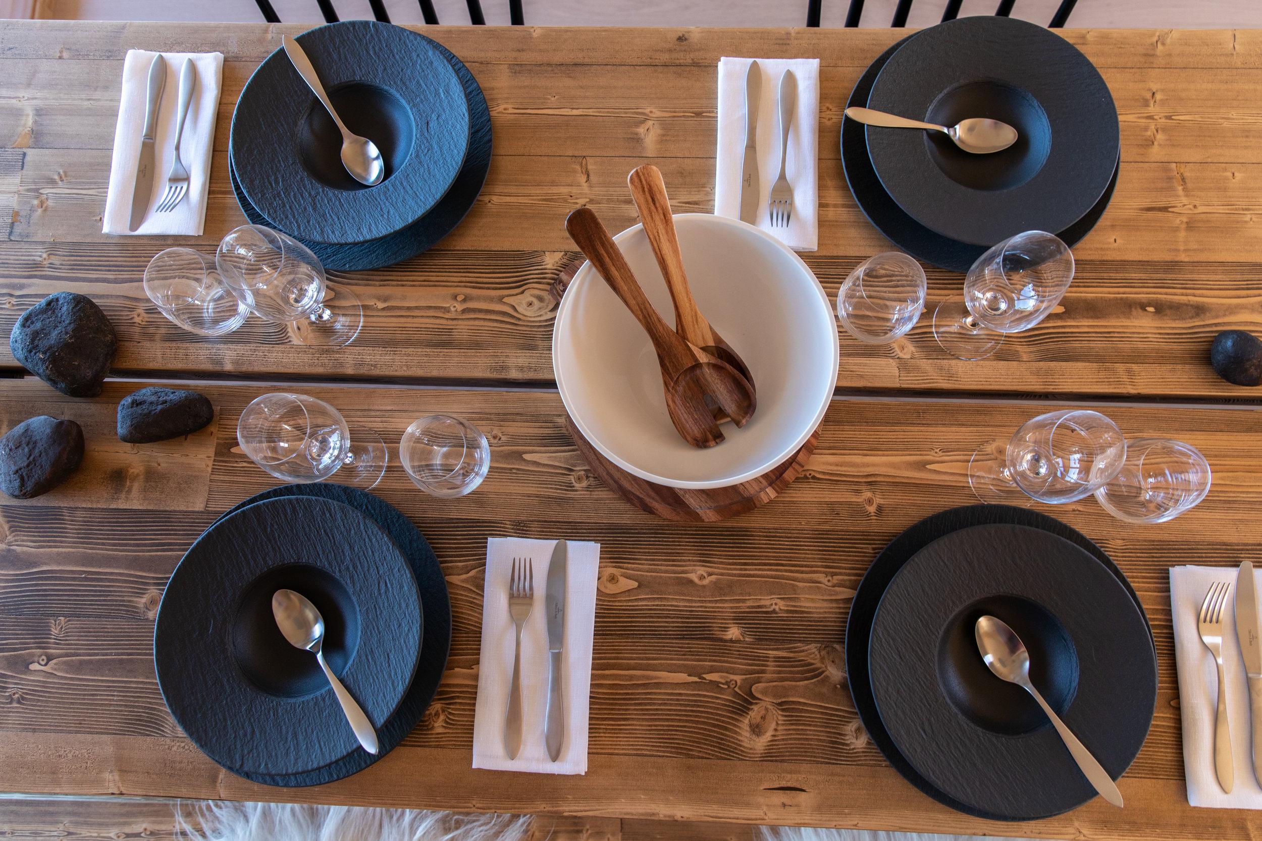 ruokapöytä.jpg