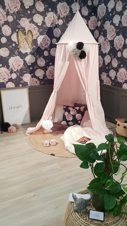 Piha, puutarha ja Porin rakennusmessut - Pori 2019Pienten poikien äitinä oli mukava päästä totetuttamaan vaaleanpunainen unelmahuone sisustuskorttelin osastolleni.