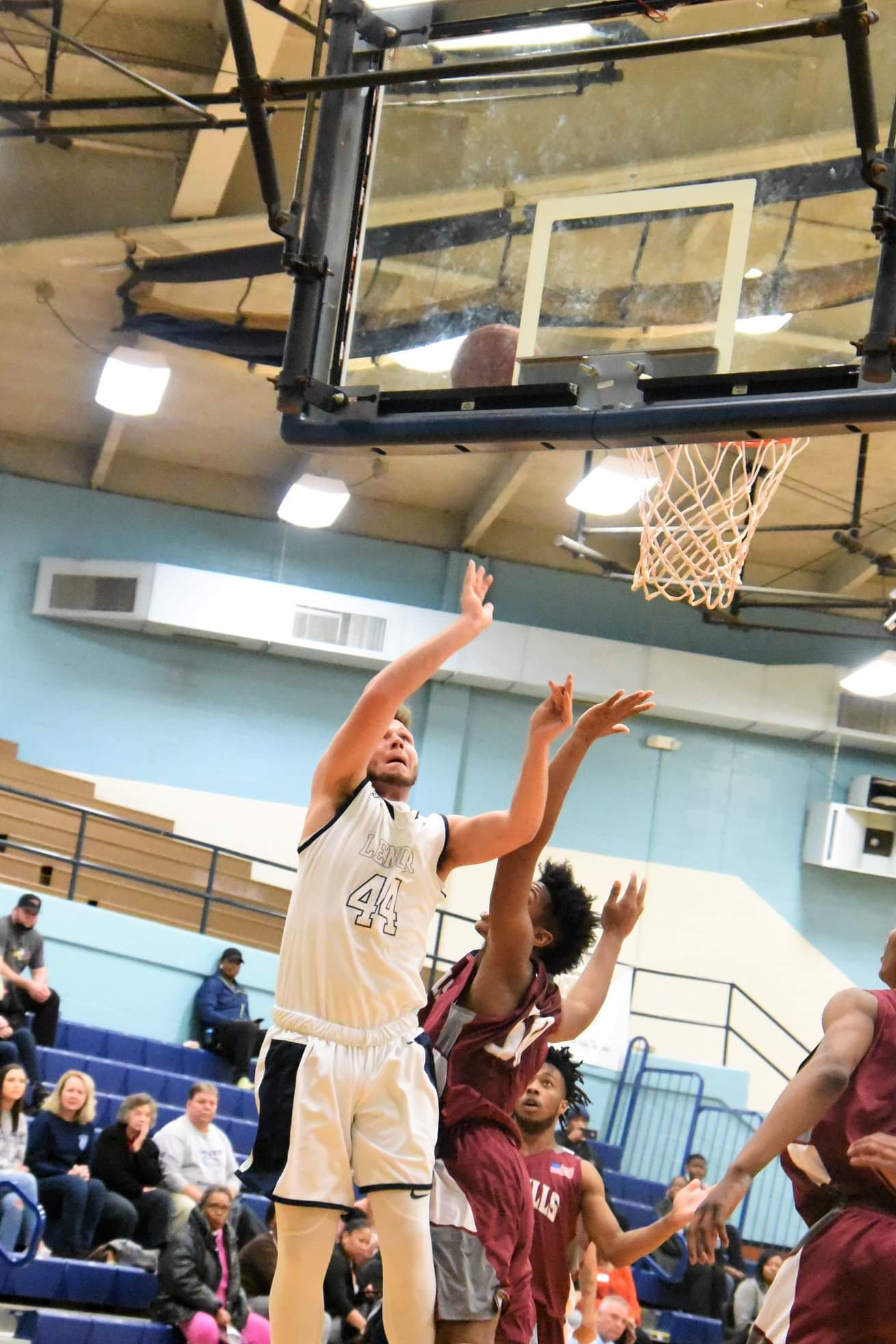 """LCC's Tyler Sutton goes up for two in Wednesday's match against Sandhills CC. Photo by William """"Bud"""" Hardy / Neuse News"""