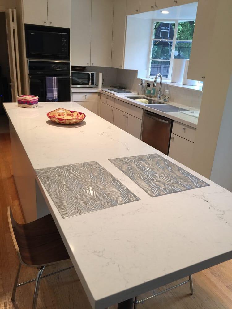 kitchen quartz.jpg