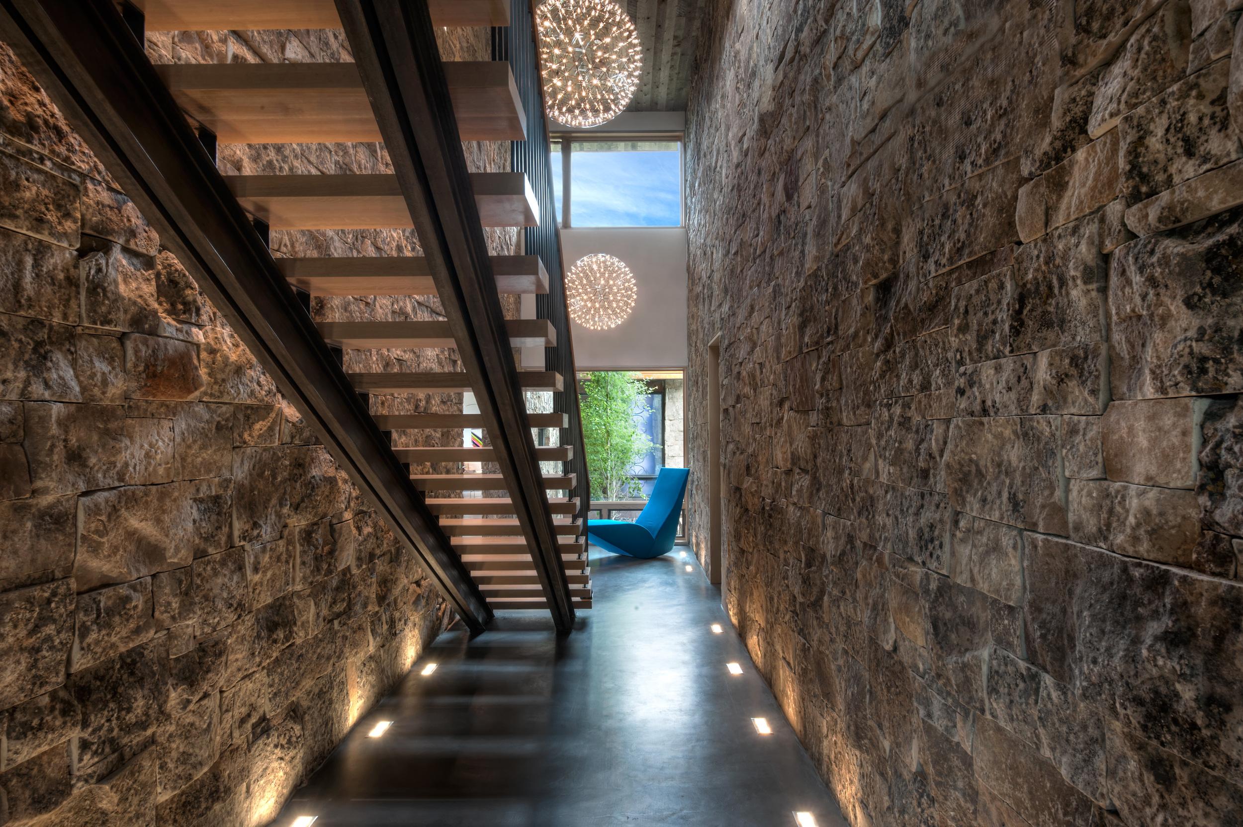 1407_Porteus_Stairwell_Lower_2276_94.jpg