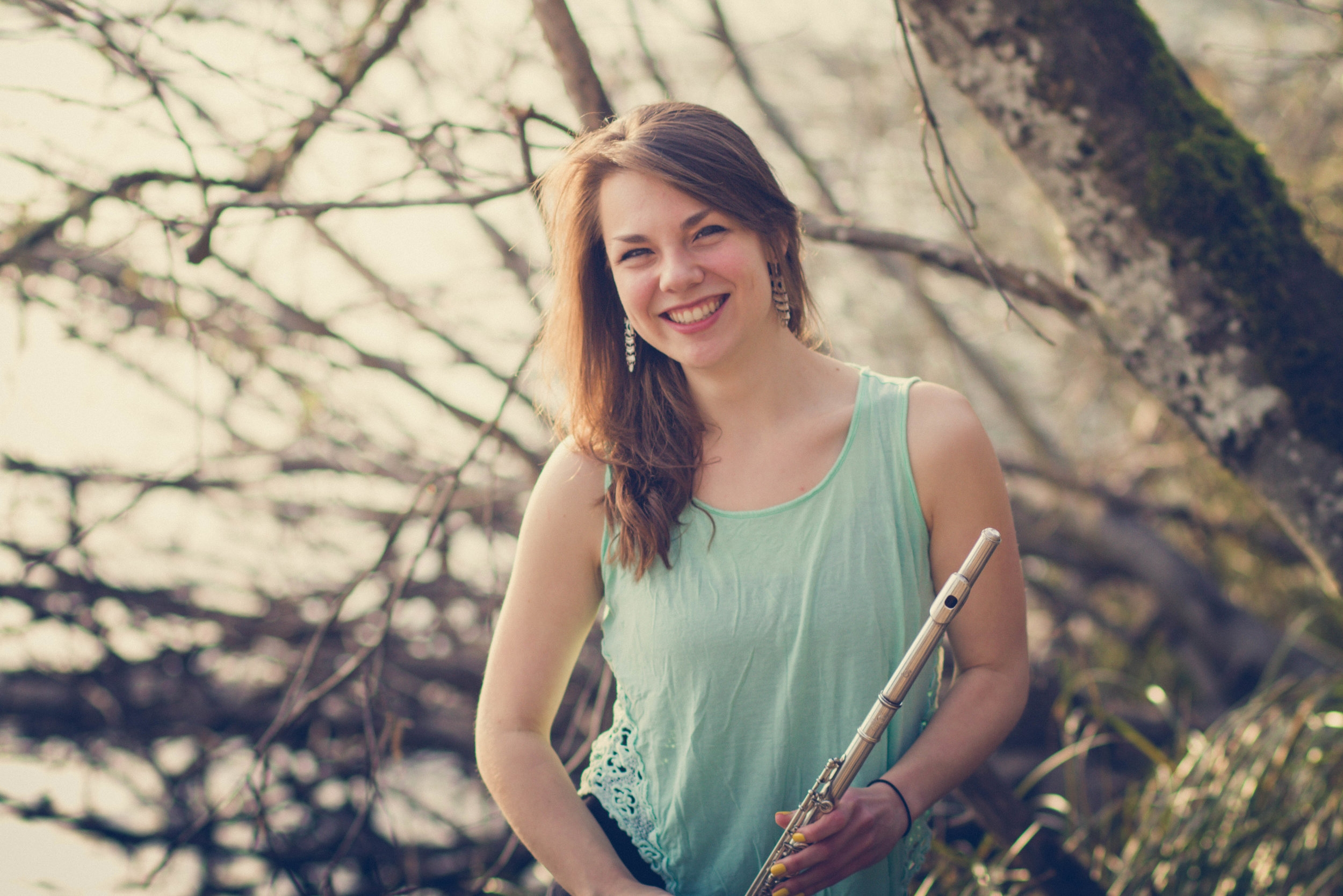 Alexis Evers, flute - Alexis Evers is currently performing and teaching in Eugene, Oregon, where she performs as principal flute with the Eugene Concert Orchestra and second flute with Oregon Mozart Players. She is also the third flutist/piccoloist with the Rogue Valley Symphony and has performed with Orchestra NEXT (Eugene Ballet Company), Festival Napa Valley's Blackburn Music Academy, and Eugene Symphony Orchestra. An avid performer of new music, she was a 2018 Guest Artist for the Oregon Bach Festival Composers Symposium and was recently a featured performer at the 2018 SEAMUS national conference. In her free time, Alexis enjoys long-distance running.2019–2020 Season Sponsor: Charles and Leslie Wright
