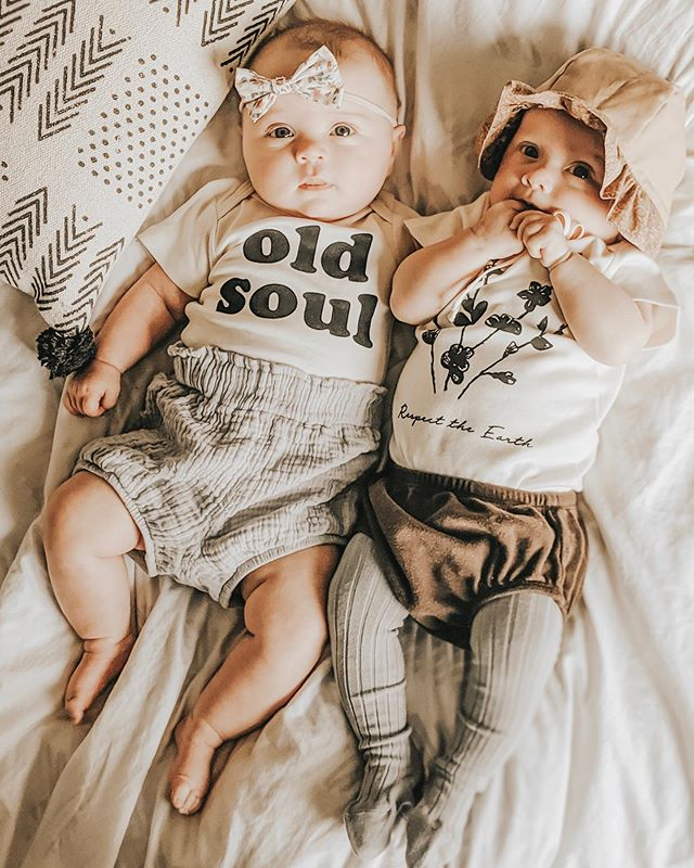 Old Soul and Respect the Earth never looked sweeter 💛 Happy Friday!  #joyfulmamas #simplychildren #theheartcaptured #kidsofinstagram #our_everyday_moments #magicofchildhood #holdthemoments #stunningbabies #mytinymoments #slowliving #ohheymama #childrenofinstagram #childhoodmemories #childhoodeveryday #makemoments #happychildren #kidsphotography