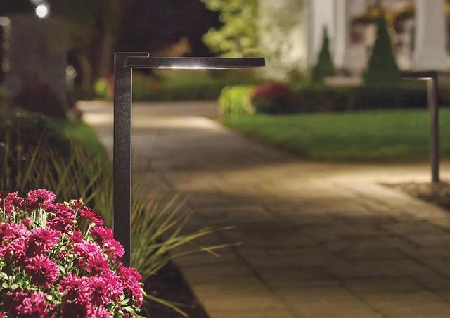 When that pathway glow hits just right...illuminating the walkable areas for functionality and safety, and giving the perfect complementary wash to surrounding plants! Anyone else feel the feels? . . . #landlight.co #kichlerlighting #lightupyourlandscape