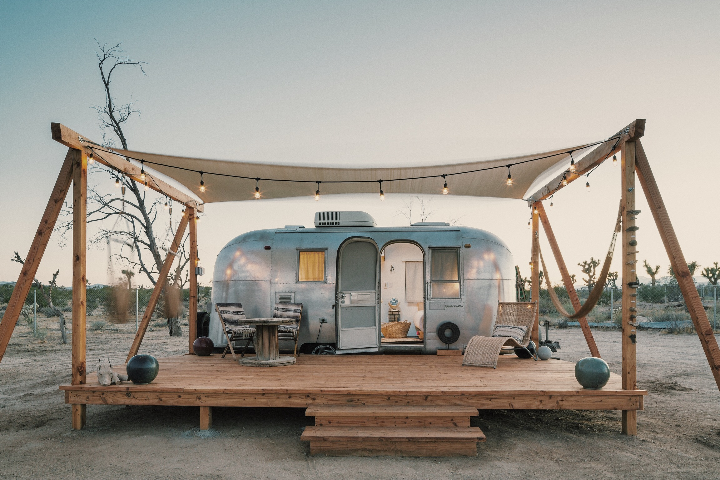 Merchant on the road1966 - Merchant on the Road airstream has been curated by the mother/daughter duo of Merchant Modern. Their carefully picked mid century modern and moroccan touches will leave your design palette transported.Casper Full - Sleeps 2BOOK HERE