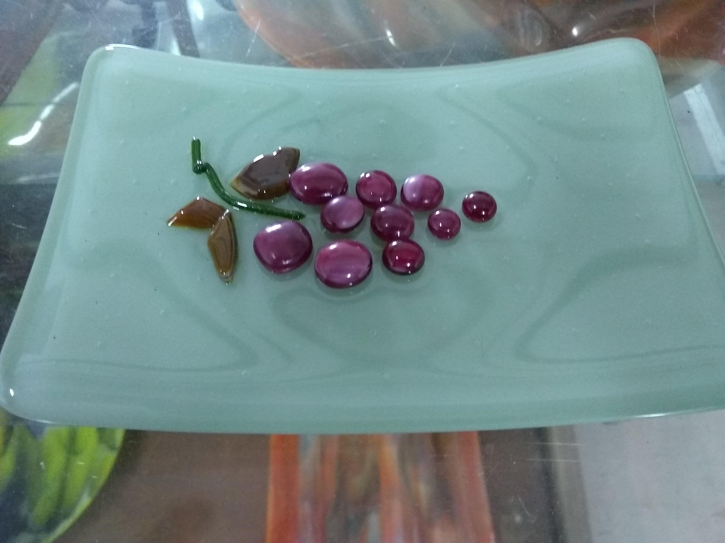 Grape Soap dish.jpg