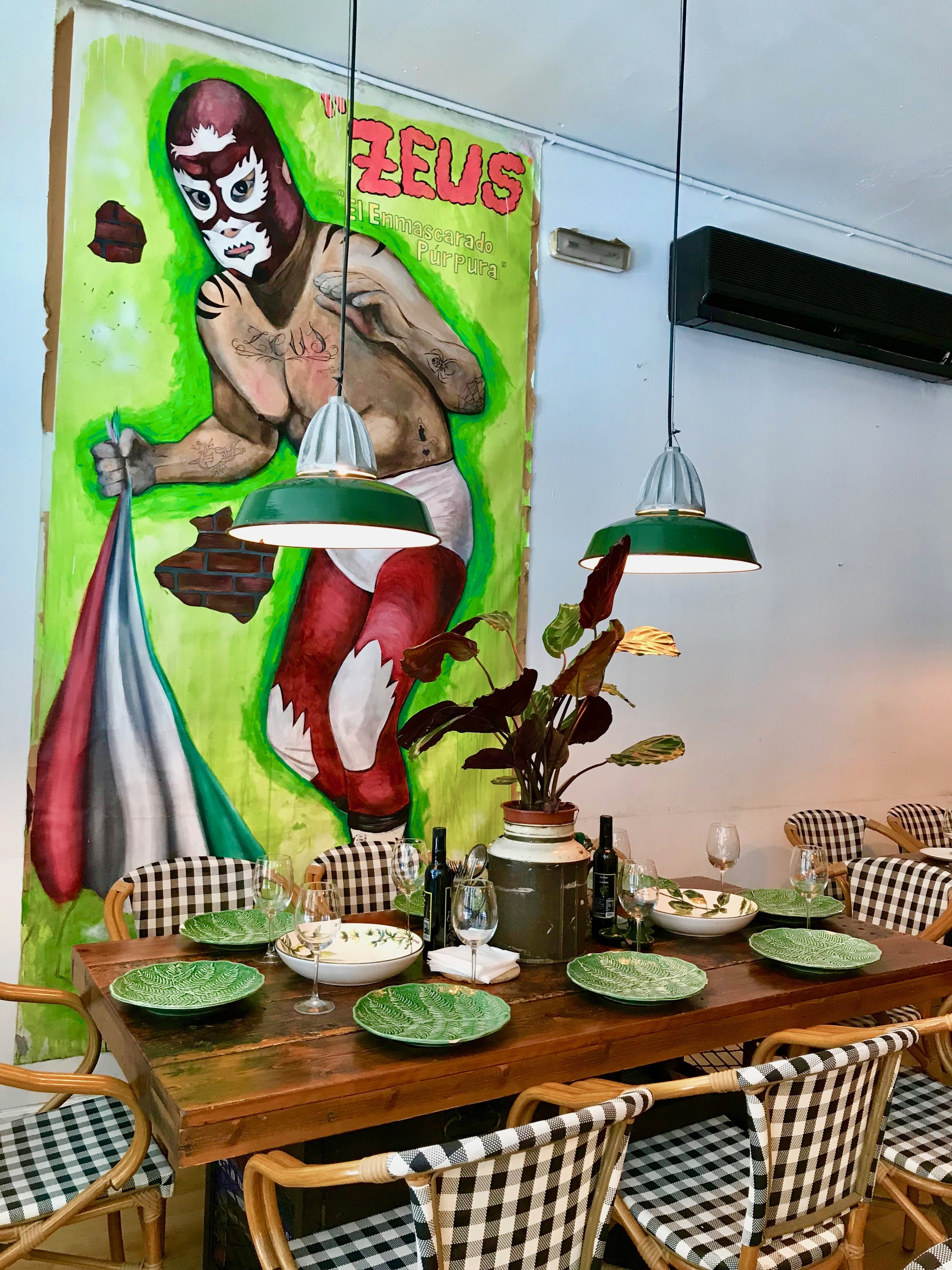 Funky yet refined decor at No-Lugar The Art Company.
