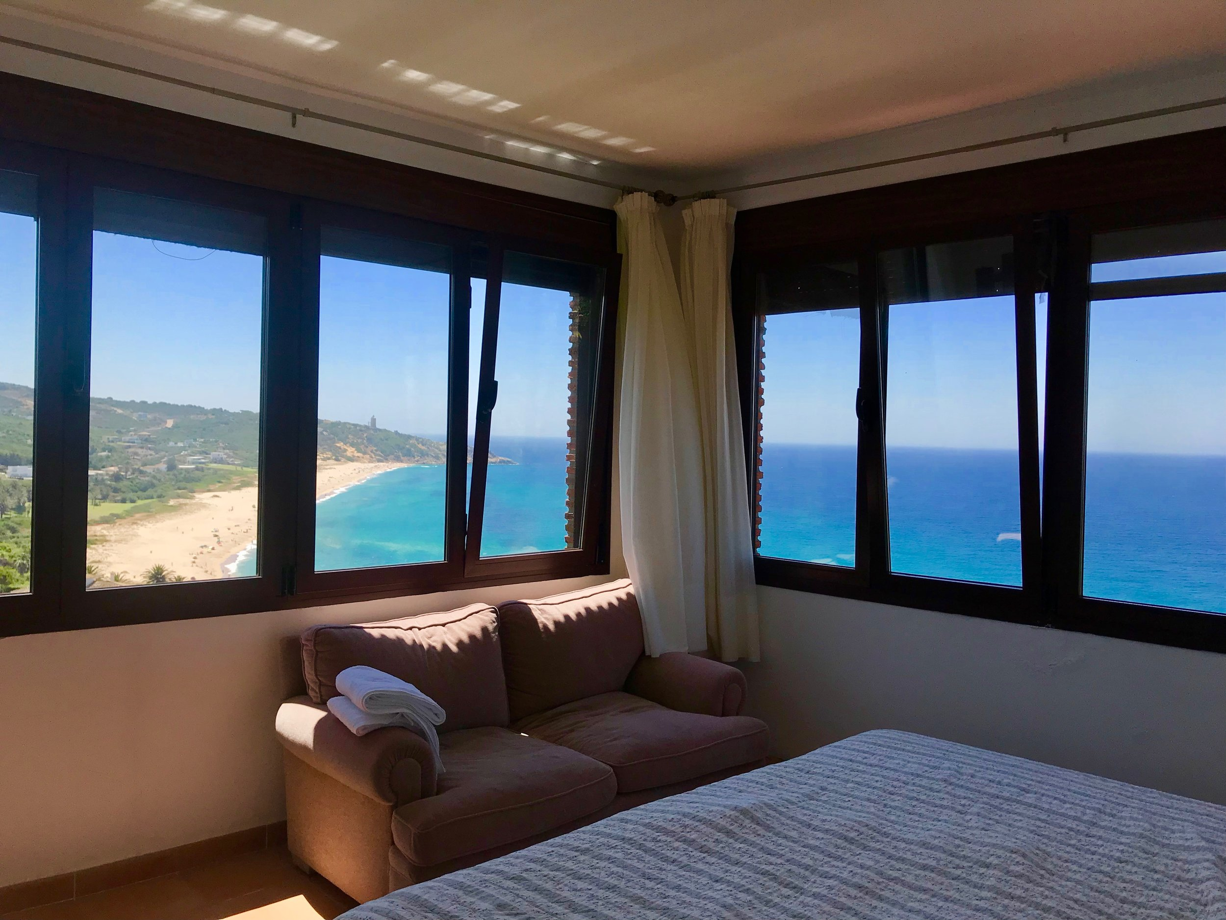 El Dorado master bedroom – the best part of the cottage!