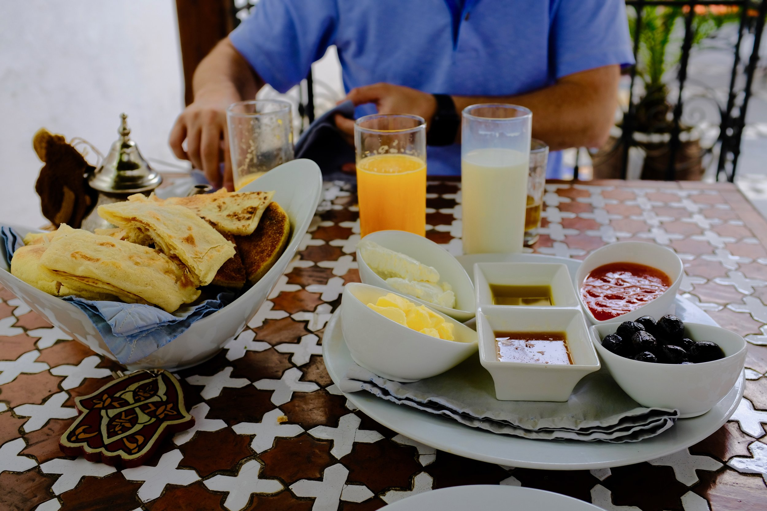 Casual Moroccan Breakfast in Tétouan.