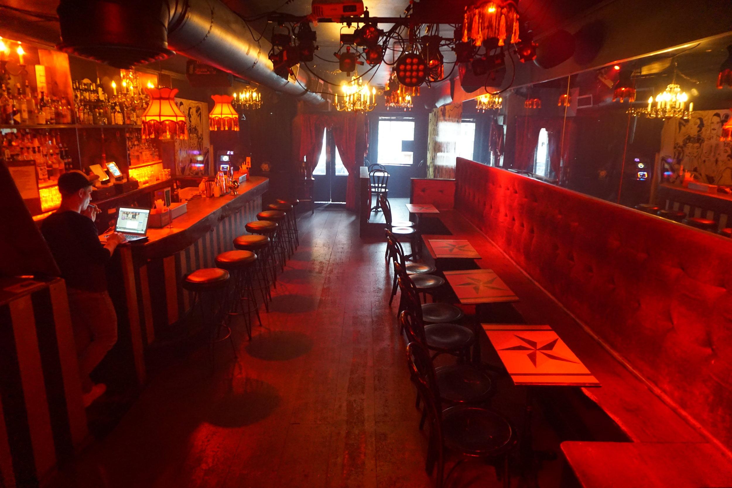 Empty Bar 8.jpg