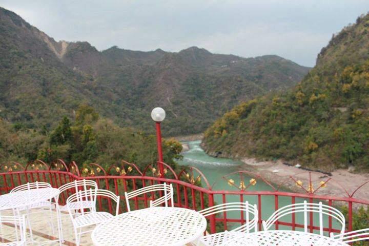 anand-lok-rishikesh-uttranchal-rishikesh-hotels-yaenp2c.jpg