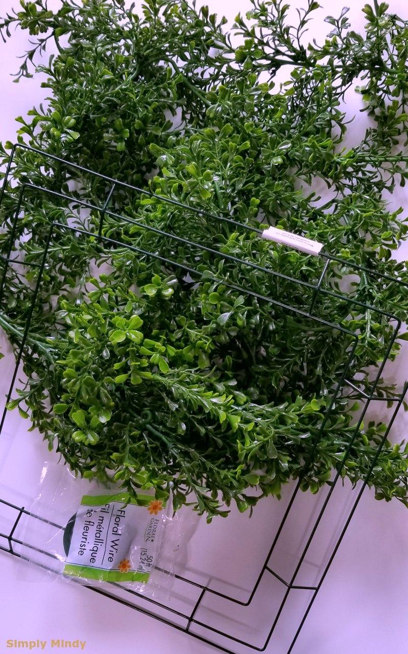 boxwood-wreath-diy_supplies.jpg
