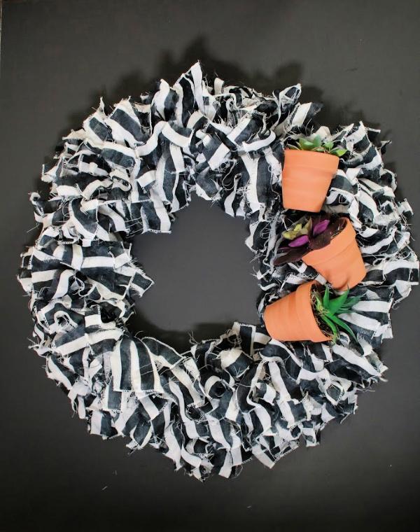 dollar-tree-diy-rag-wreath.jpg