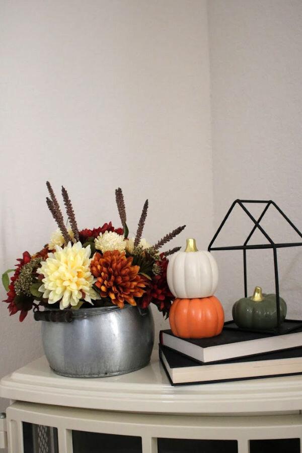 fall-floral-centerpiece.jpg
