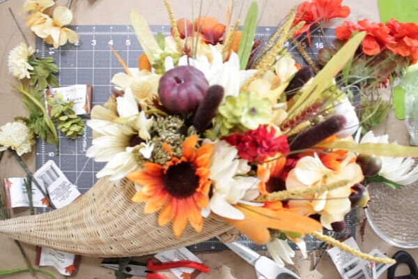 dollar-tree-flower-arrangements (1).jpg