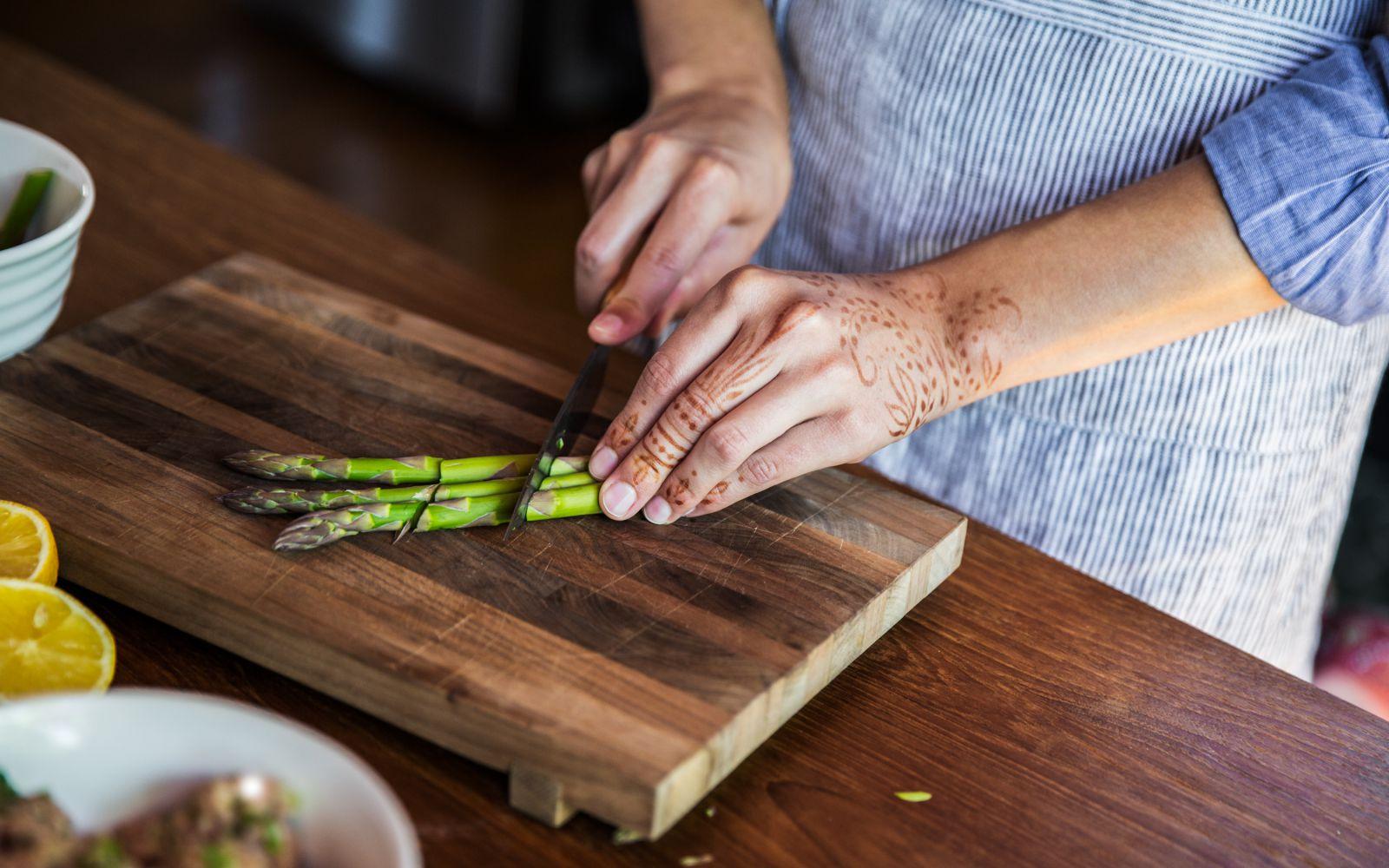 asparagus-easy-quick-simple-prep.jpg