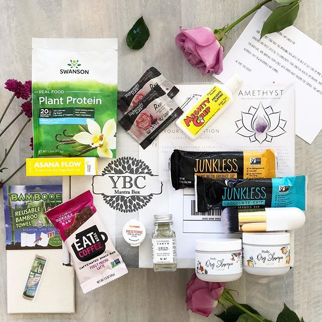 Sharing all about the Winter Mantra Box® from @yogabycandace over on the blog soon where I'll be sharing all about what's inside and my 3 favorite items! . . The Mantra Box® is a quarterly discovery box that features amazing health and wellness products from small businesses. Most products are all or some of the following: organic ✔️ all natural ✔️ vegan ✔️ 🌱 cruelty free ✔️ 🐶 gluten free ✔️ and relatable to anyone who loves beauty, wellness, fitness, health, food, skincare and the environment! 🌎 The Spring Mantra Box® ships late May so #linkinbio at @ybcmantrabox to reserve yours now. This box was kindly gifted to me by YogaByCandace LLC and all opinions are my own. #myybcmantrabox #discoverybox #organic #healthandwellness #supportsmallbusiness #yogabycandace