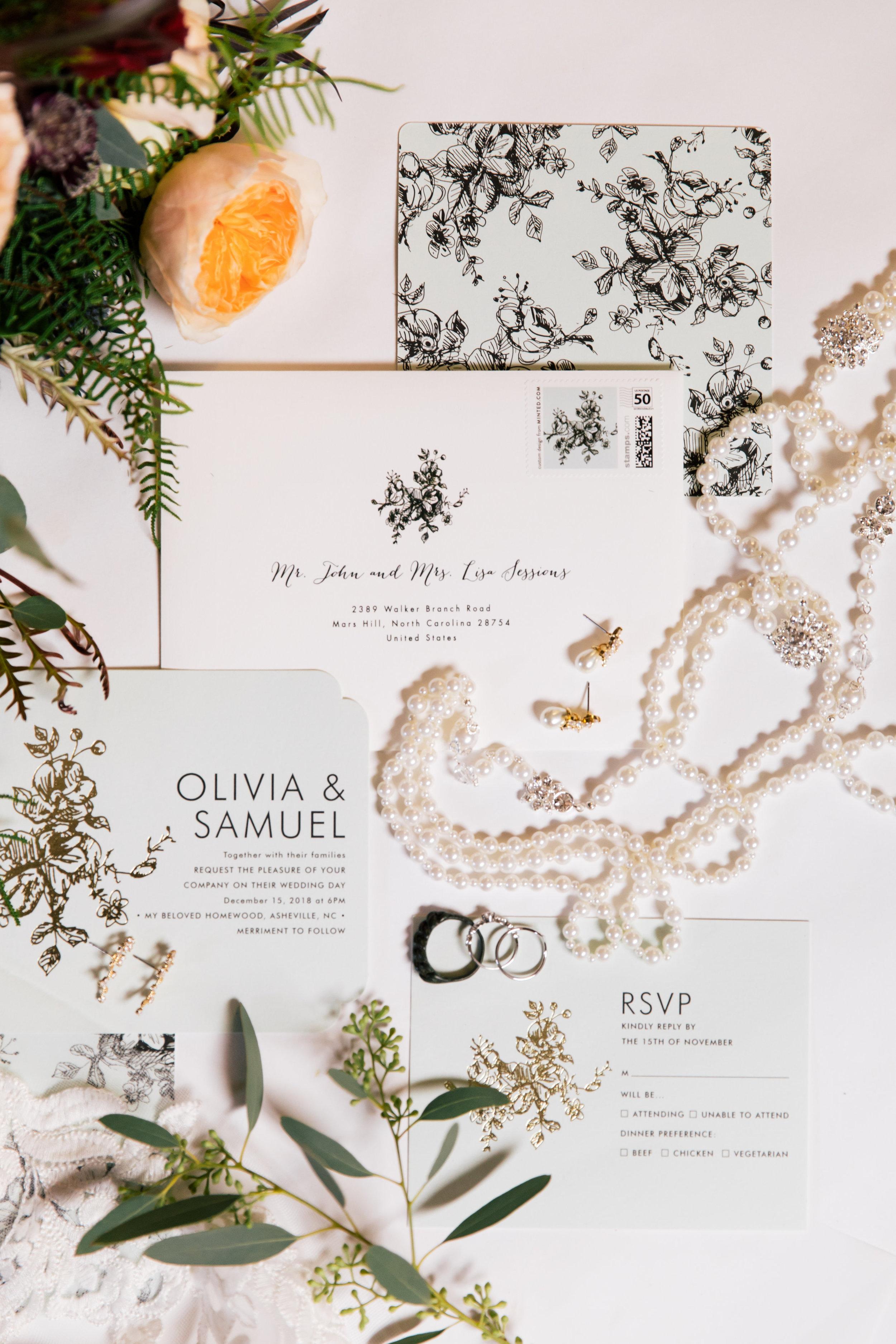 Sam Olivia-Details Getting Ready-0040.jpg