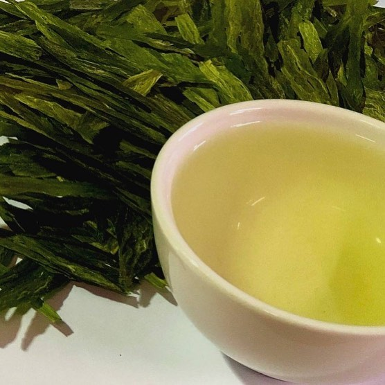 What a different tea this is! 2019 Taiping Houkui grown at the foot of Hhuangshan is a delightfully gentle and refreshing green tea. An ethereal, orchid like fragrance and a mellow sweet aftertaste are best experienced by serving the tea in a glass to appreciate the huge leaves unfurling. #tea #adelaide #southaustralia #supportlocal #ethicalsourcing #organic #fairtrade #smallbusiness #supportsa