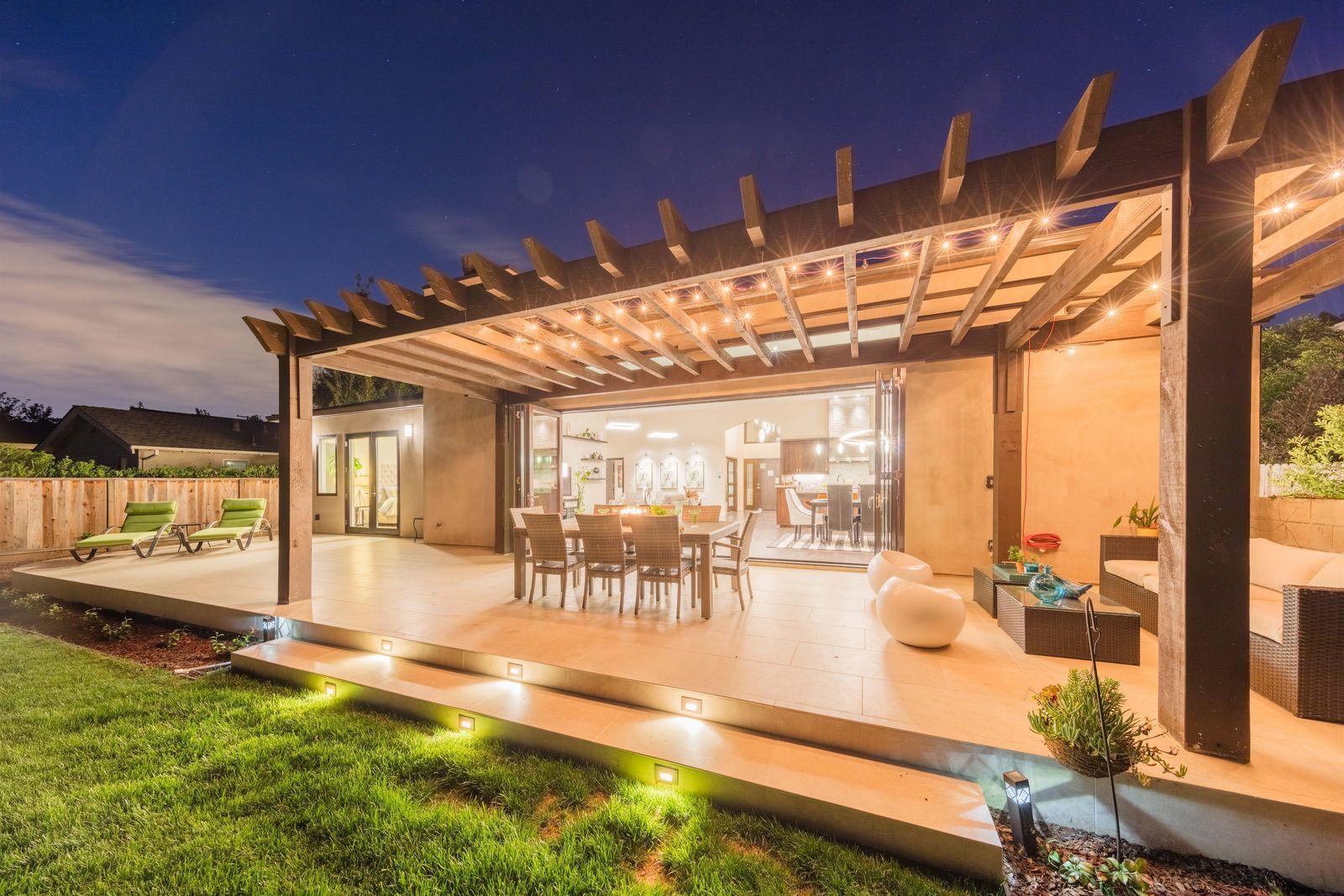 Los Altos Real Estate Living