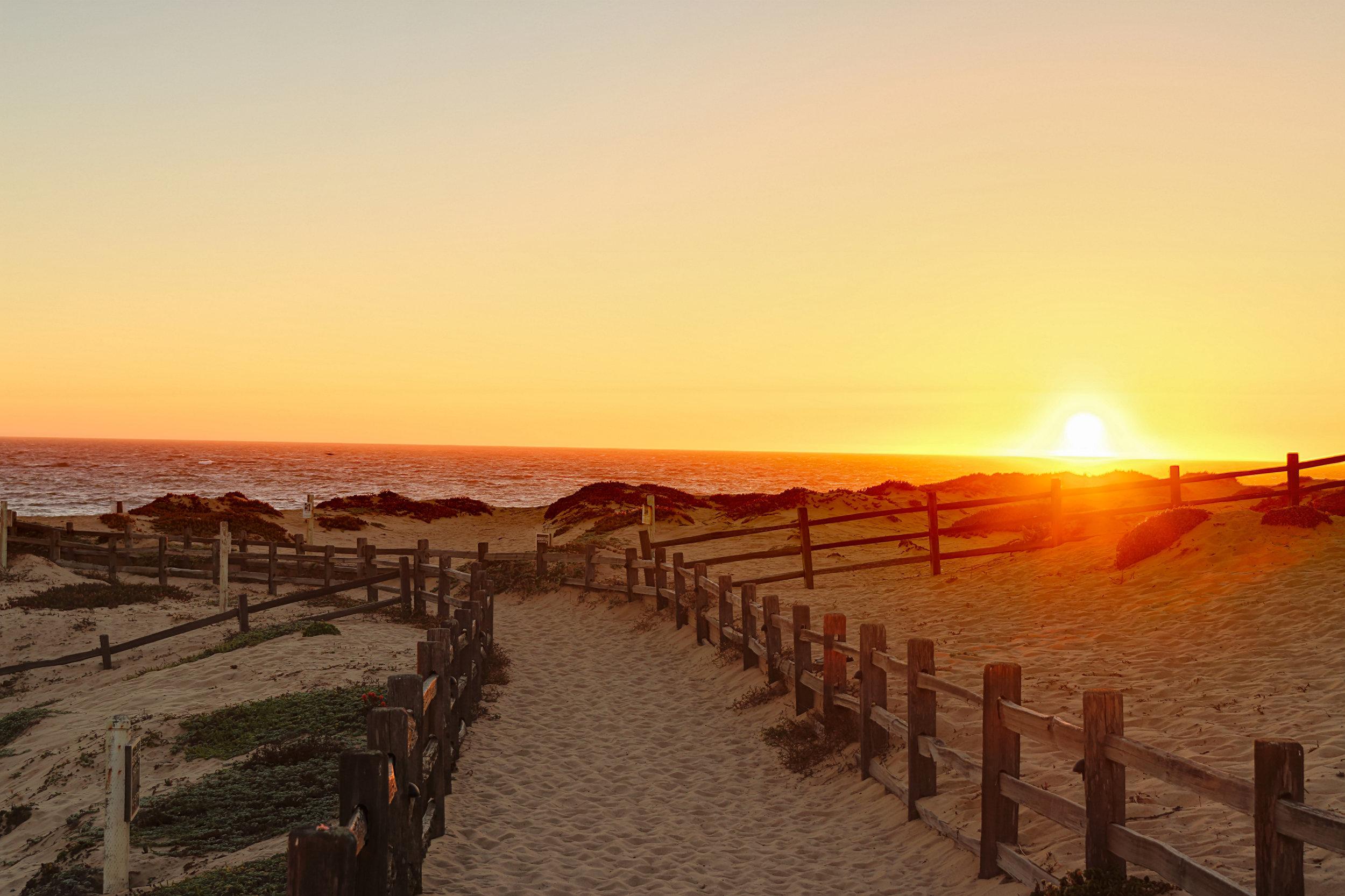 Seaside California Living