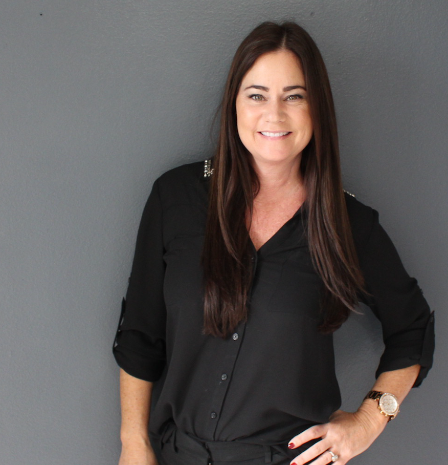 "Hollie Salerno  - "" For over 25 years I have dedicated my life to improving the texture and appearance ofmy clients skin!"" Whether it's giving them a Brazilians or chemical peels giving my  clients skin to win is the up most importance to me!"""
