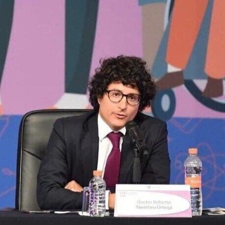 Roberto Niembro - Instituto Tecnológico Autónomo de México (ITAM)