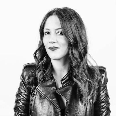 """Oana Bouraoui - Președinte Romanian ITOana este unul dintre cei """"30 sub 30"""", conform Forbes. Ea este Președintele Romanian IT și Manager pentru inovație și parteneriate strategice la European Young Innovators Forum în Bruxelles.În ultimii 3 ani Oana s-a focusat pe dezvoltarea de comunități de antreprenori și profesioniști tech români din Europa și USA și de a-i conecta într-o rețea globală.Scopul Romanian IT este de a genera oportunități de business și dezvoltare pentru români la nivel global și de a susține dezvoltarea ecosistemului de tech și startup românesc prin crearea de punți de colaborare între România și Diaspora."""