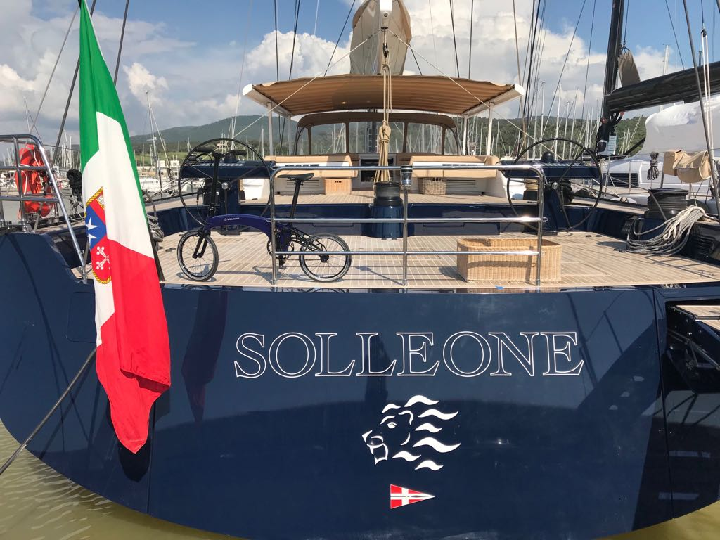 On board The Solleone, the Hummingbird in matching nautical paint.