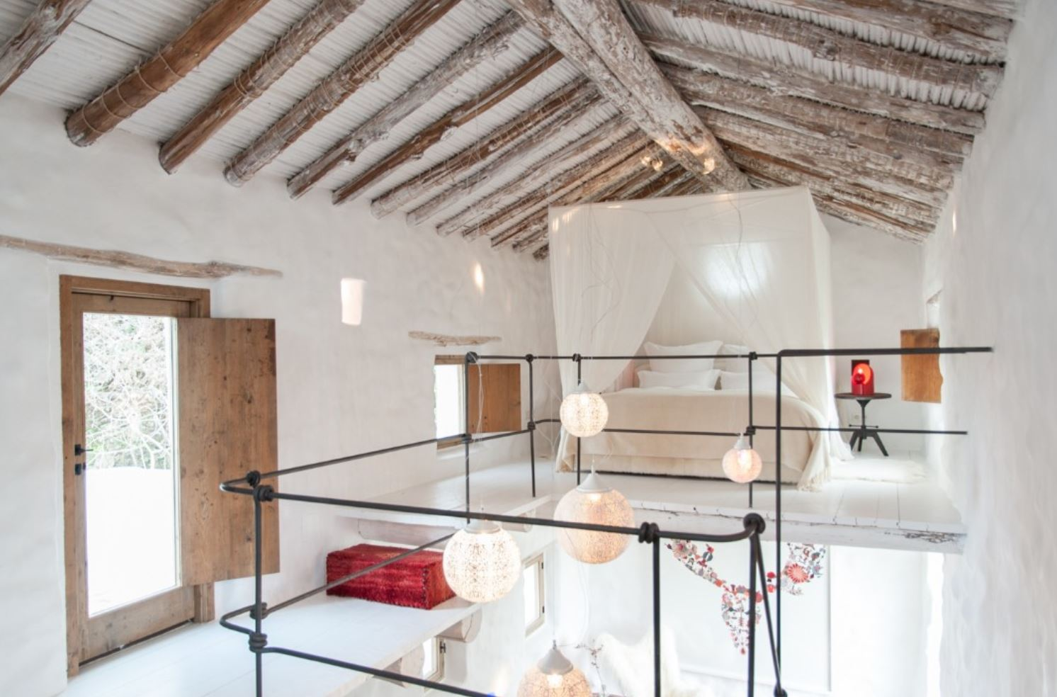 The Laura room, La Donaira (located 1.5hr drive from Seville in Southern Spain)