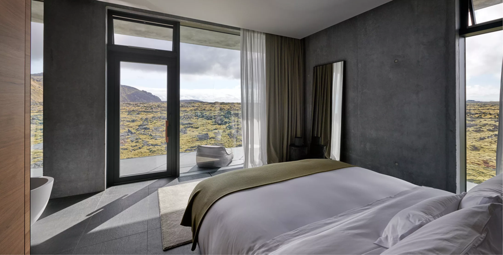 Retreat Hotel Blue Lagoon Moss Suite.png