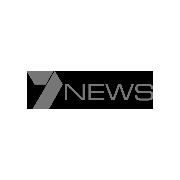 Melbourne Dog Walking Adventure - 7 News