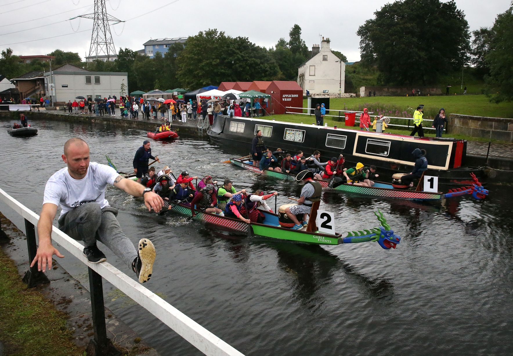 Physio Effect have signed up for the 2018 Dragon Boat Race in Glasgow