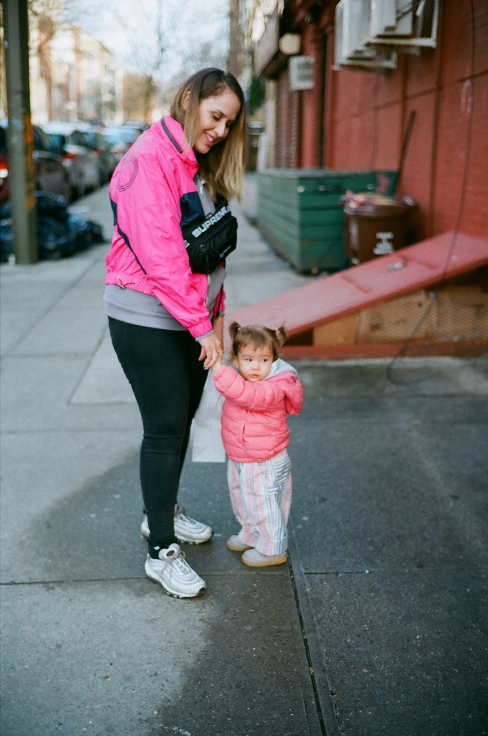 film-family-brooklyn-pink-hypebeast-baby-mom-newyork