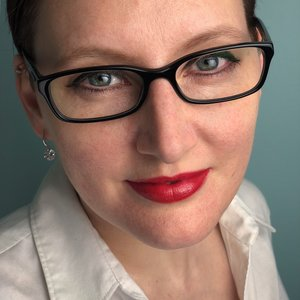 - As a writer, professor, TEDx speaker, and now podcaster, Danièle has been making the Middle Ages fun, entertaining, and accessible for over ten years. She is the author of The Five-Minute Medievalist, which debuted at the top of Amazon's Canadian charts, and through her featured articles at Medievalists.net, as well as those she's written for several international magazines, Danièle's work has been read over half a million times, and counting.In addition to coaching authors to help them with their historical accuracy, she currently teaches The Middle Ages and the Modern World: Facts and Fiction, which she co-created for college students across Ontario via OntarioLearn. Danièle is also the host of The Medieval Podcast, a weekly interview show on which she speaks with experts on the Middle Ages on a wide variety of topics. Her forthcoming book, Life in Medieval Europe: Fact and Fictions, is being published by Pen & Sword History, and will be available in autumn, 2019.When she's not reading, writing, or recording, Danièle can be found drinking tea, doing Krav Maga, or sometimes building a backyard trebuchet.Follow Danièle on Twittter: @5MinMedievalistVisit Danièle's website: www.danielecybulskie.com