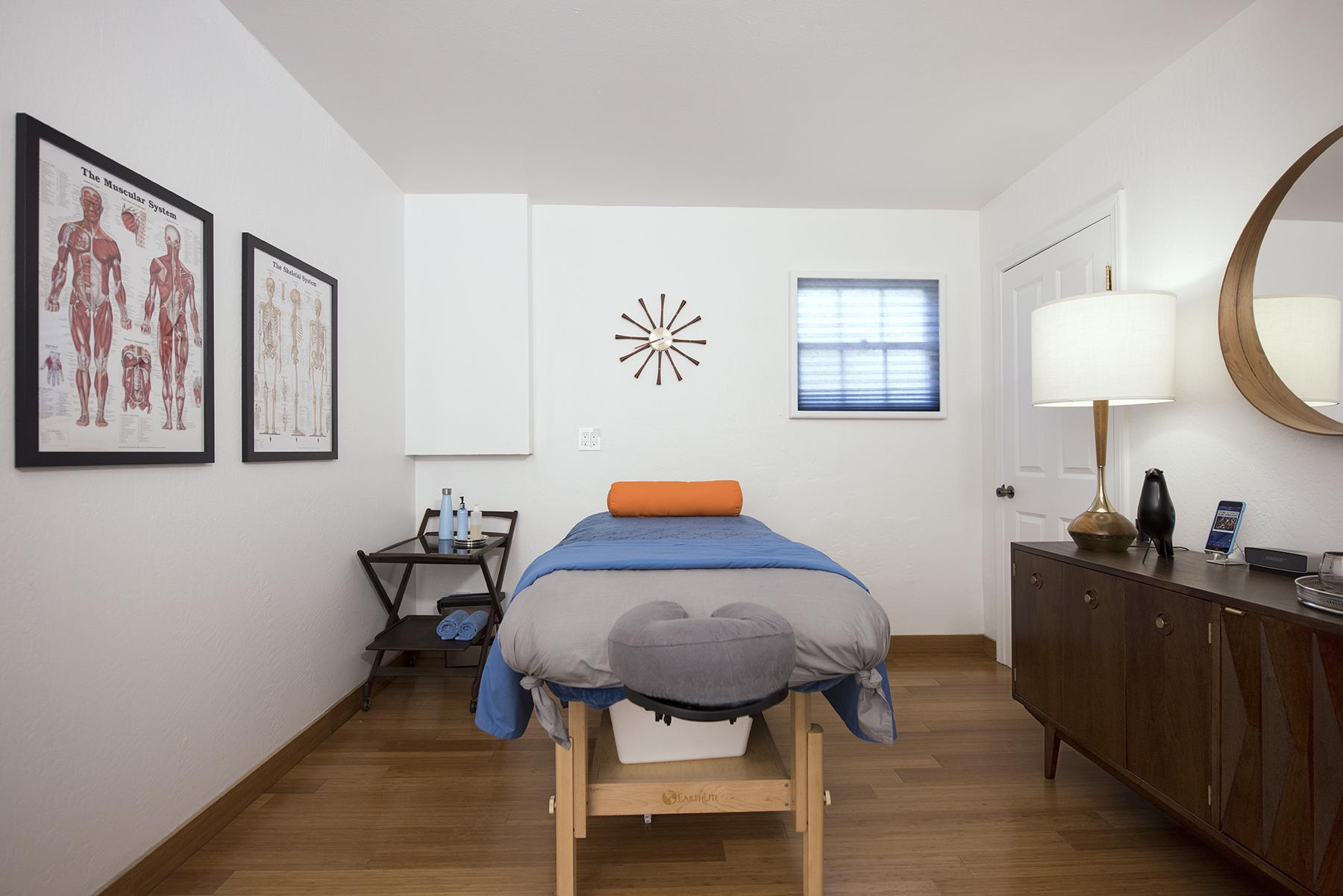 Room03c.jpg