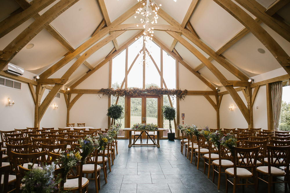 Mythe Barn, Mythe Barn wedding, Danielle Victoria Photography, Staffordshire wedding photographer-5.jpg