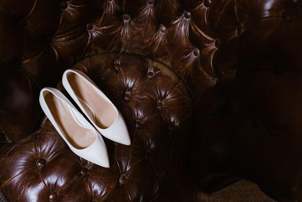 Mythe Barn, Mythe Barn wedding, Danielle Victoria Photography, Staffordshire wedding photographer-13.jpg